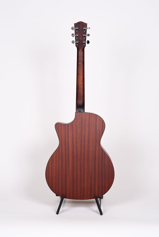 Eastman AC122 CE back