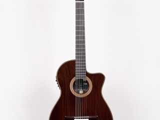 Cordoba – Fusion Series 12 Rose SOLD