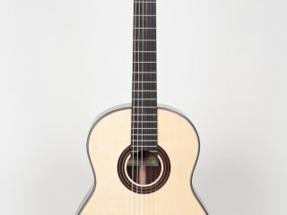 New World Player Classical (Spruce/Rosewood)