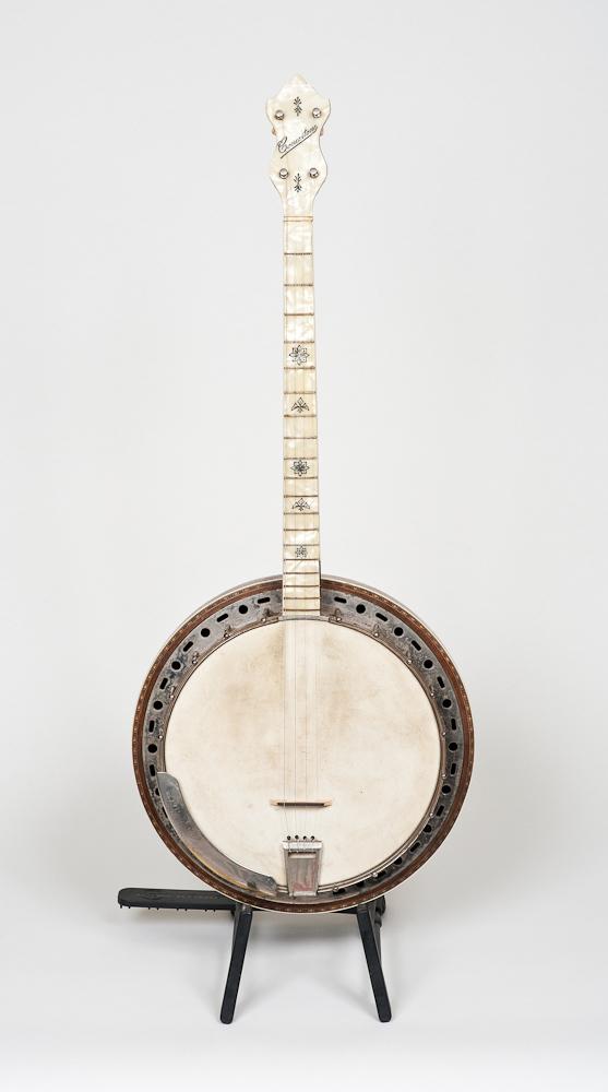 """""""Concertone"""" Tenor Banjo (circa 1935)"""