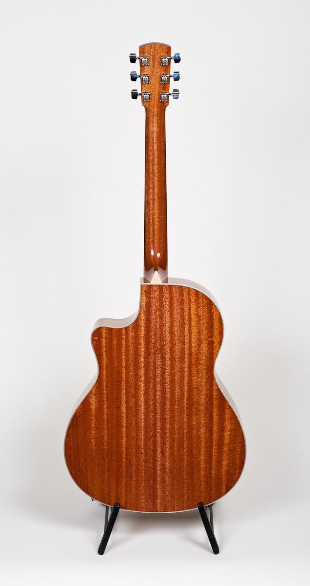 Larriveé LV-05