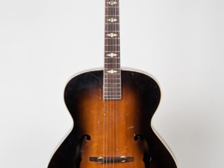 Epiphone Triumph 1946-47 Now Fostered by A.F.
