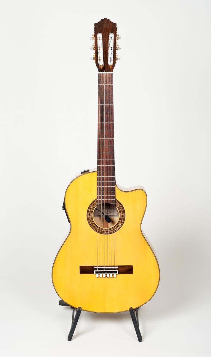 Yamaha CGX171 SCF