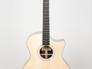 Eastman AC 422  CE SOLD