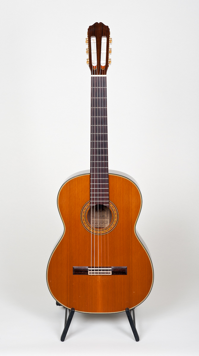 Takamine C-132S Classical