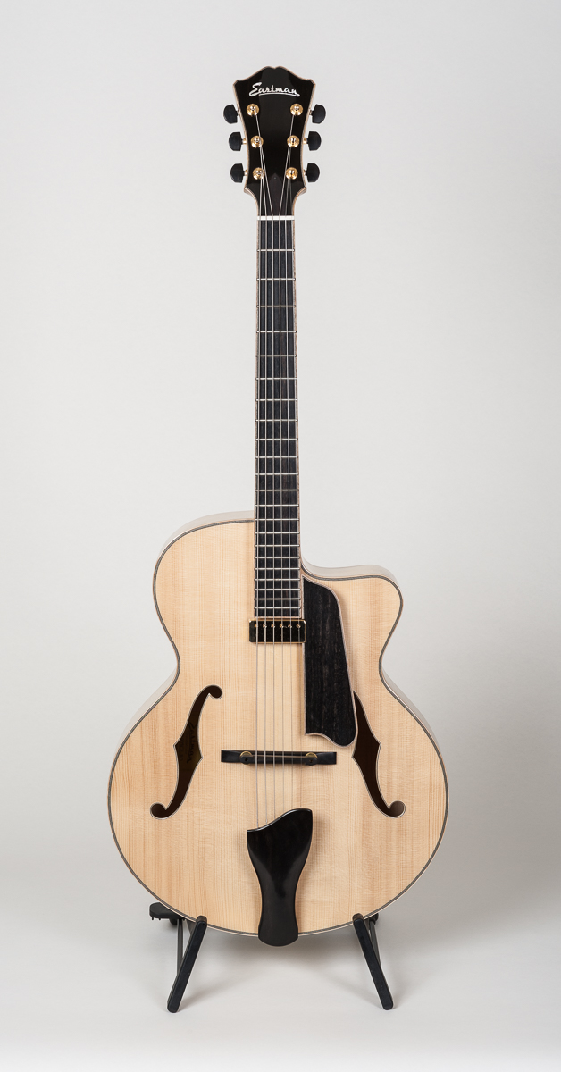 Eastman AR 905 CE BD-Ltd.