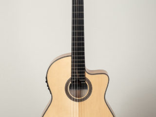 Cordoba 12 Maple $695